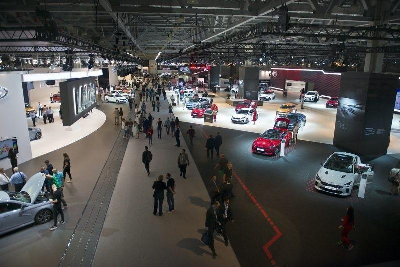 Автосалоны выставки москвы купить автосалоне gl в москве